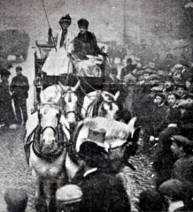 (Eva Gore-Booth and her sister Countess Markievicz campaigning for the Barmaids Defence League in Manchester, 1908)